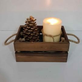 جعبه چوبی کوچک رنگ قهوه ای