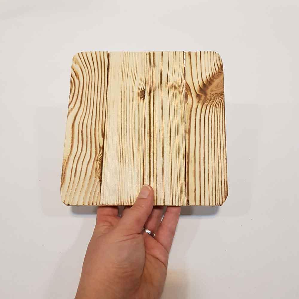 زیردیگی چوبی کوچک