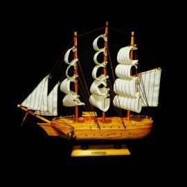 کشتی 4بادبانه متوسط ..
