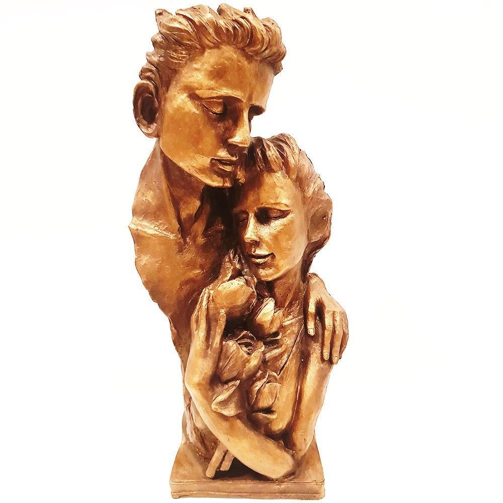 مجسمه عشق همسر