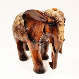 مجسمه فیل قهوه ای بزرگ
